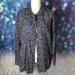 Old Navy button front floral blouse 3/$25🌟🌟🌟